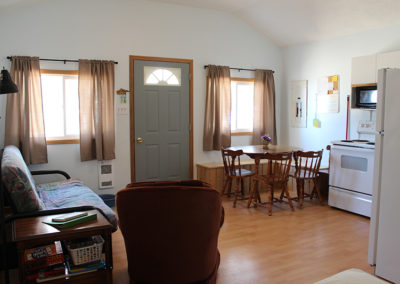 living area, dinette